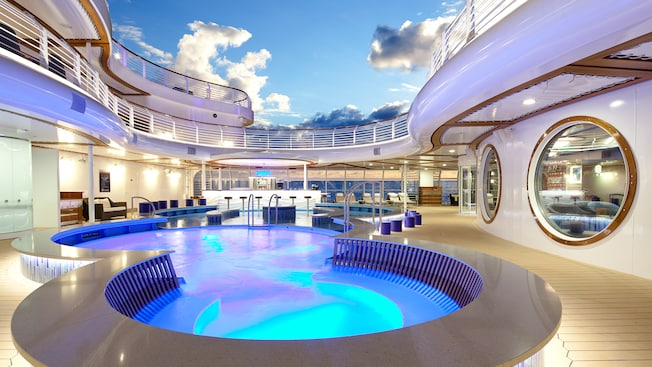 Disney Fantasy, Quiet Cove piscina